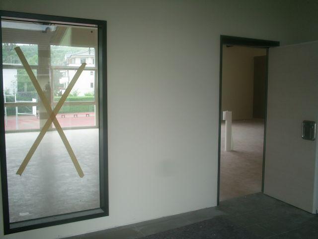 Eingang zur Halle.jpg