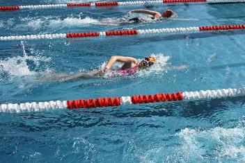Schwimmer0614_2mod.jpg