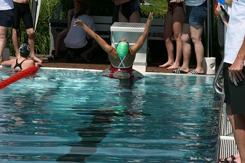 Schwimmer0614_3mod.jpg