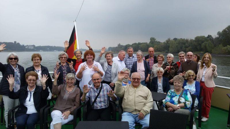 TV06_Senioren_auf_Schiffstour.jpg